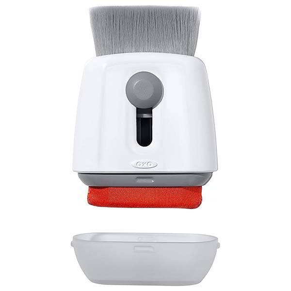 OXO Sweep and Swipe Laptop Cleaner