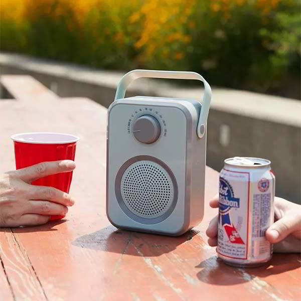 Polaroid Portable Radio Bluetooth Speaker in Retro Style
