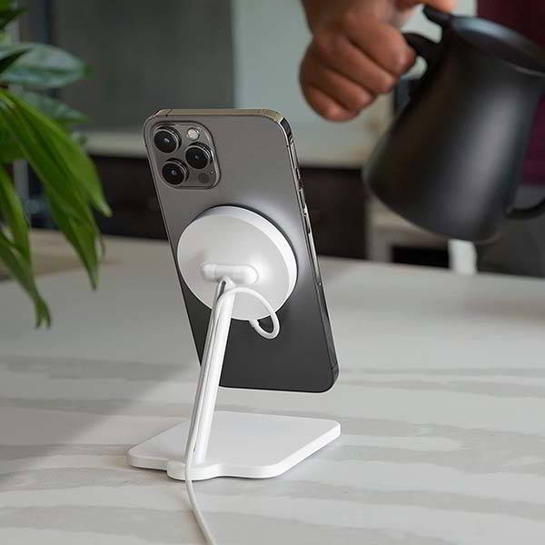 Twelve South Forte MagSafe Charging Stand for iPhone