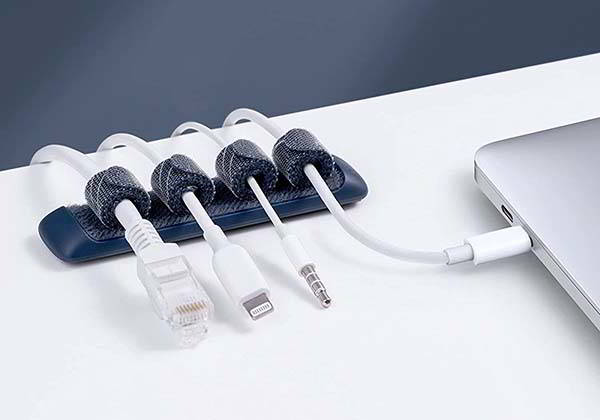 Anker Velcro Cable Organizer with 8 Fastening Cable Ties