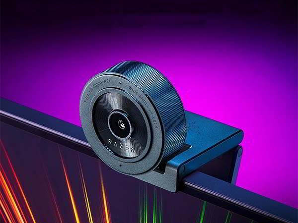 Razer Kiyo X Full HD Streaming Webcam with Auto Focus