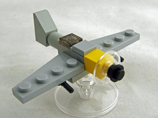 Micro Military Made out of LEGO Bricks Gadgetsin