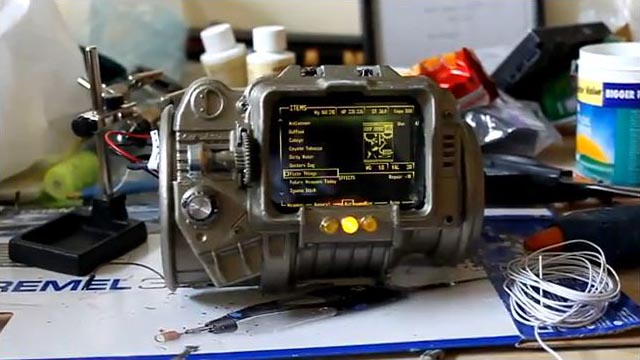 iphone pip boy fan made fallout 3 pip boy 3000 gadgetsin 12136