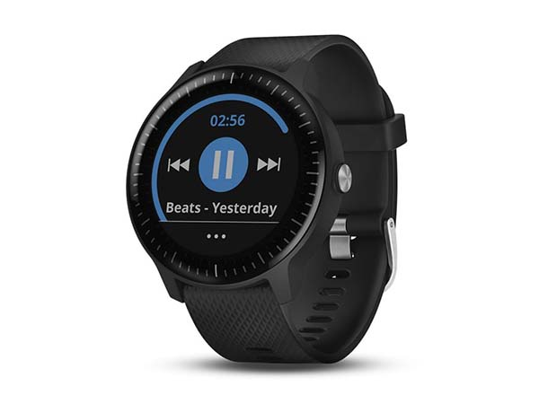 Garmin VivoActive: Smartwatch for Outdoor & Sports
